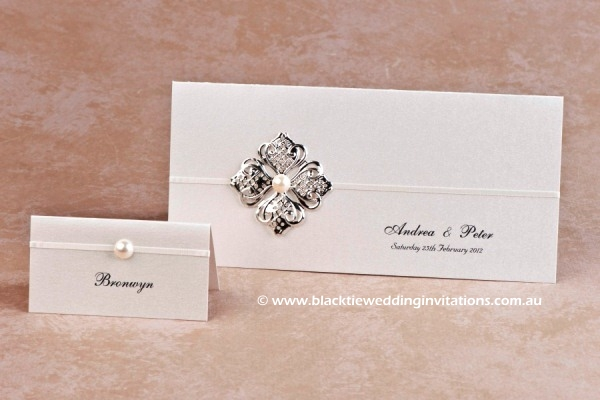 chic - place card and invitation