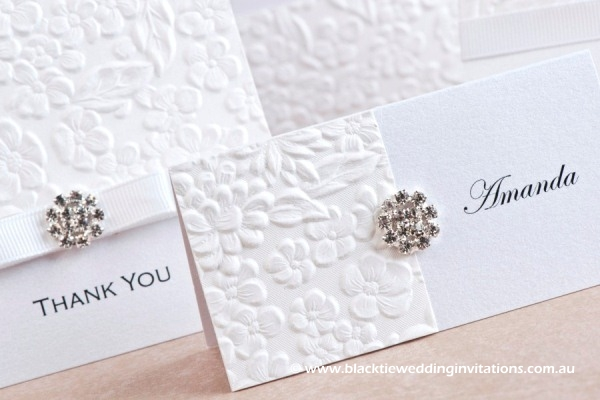dove - place card detail