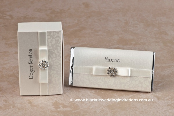 ivory bloom - favour box and personalised chocolate