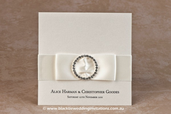 wedding invitation jewel