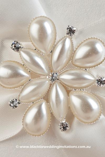 ocean pearl - details