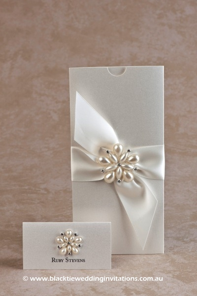 wedding invitation ocean pearl