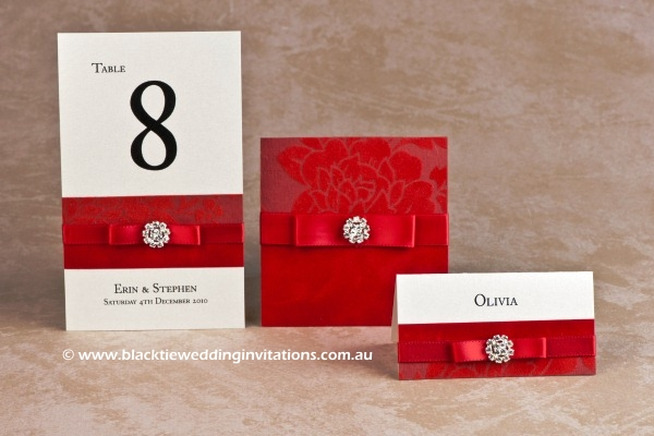 red - table number, thank you card and place card