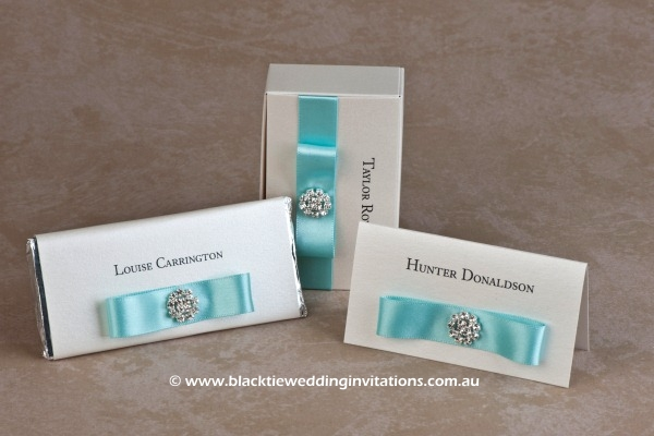 touch of blue - personalised chocolates, favour box and place card