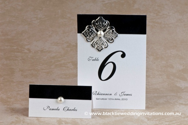 virtue - place card and table number