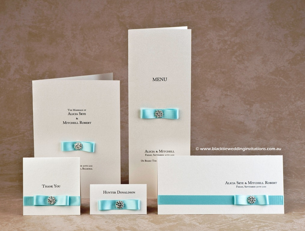 wedding-stationery-touch-of-blue