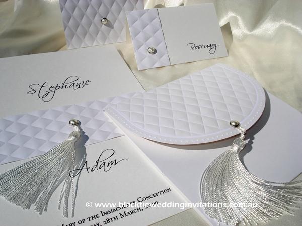 wedding invitation classic vanilla